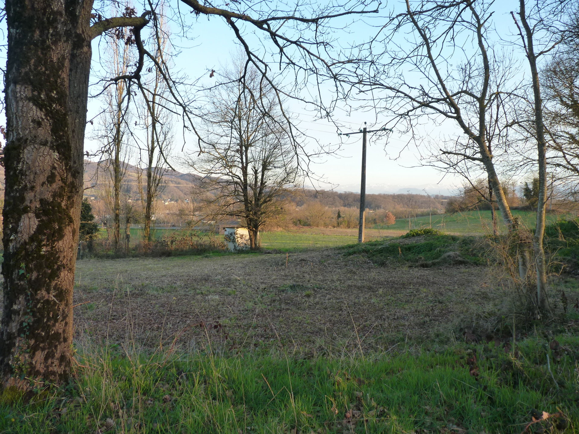 Beautiful building land with partial view of the Pyrenees