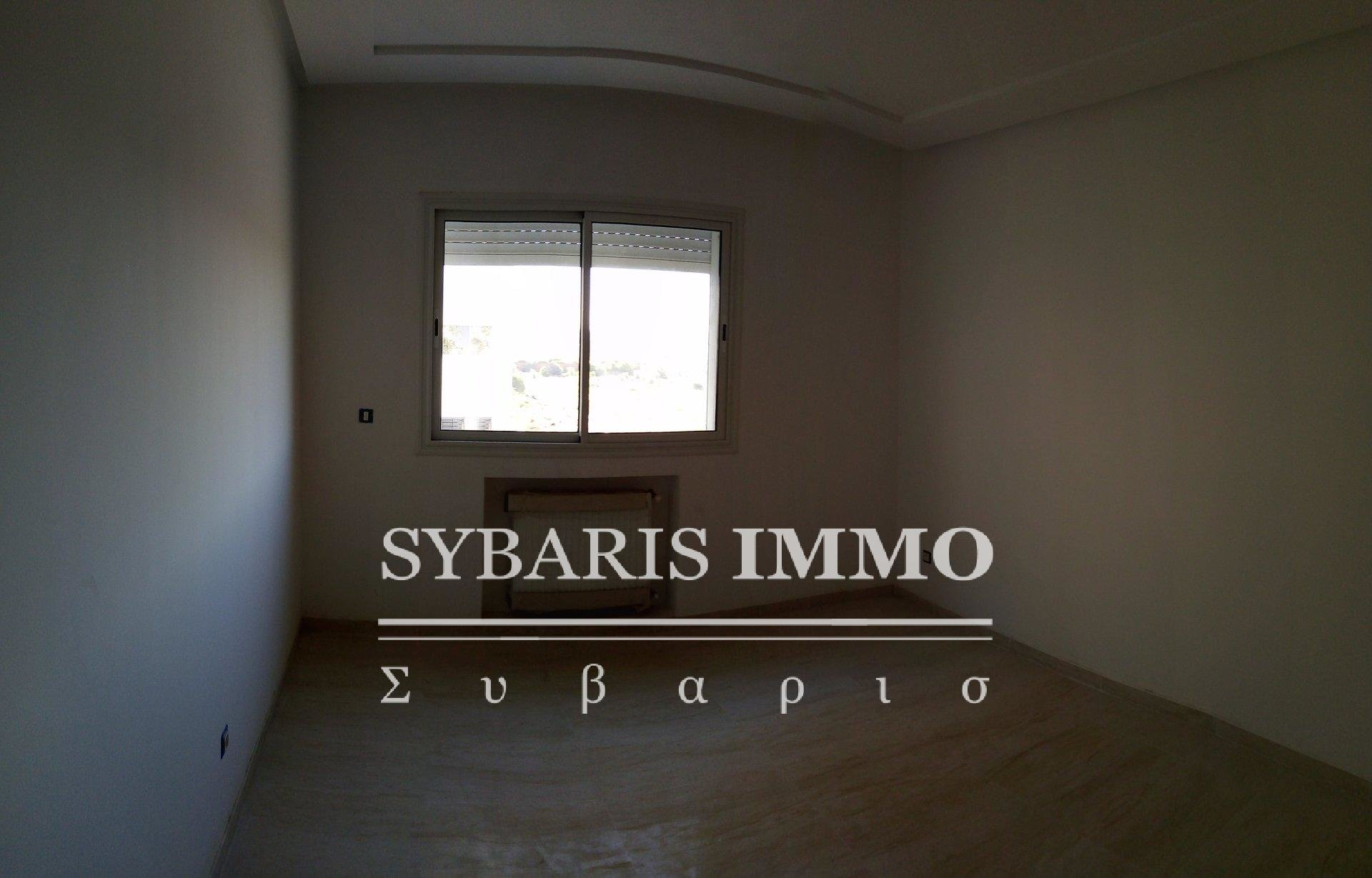 Appartement S+3 à Aïn Zaghouan Nord - Tunis