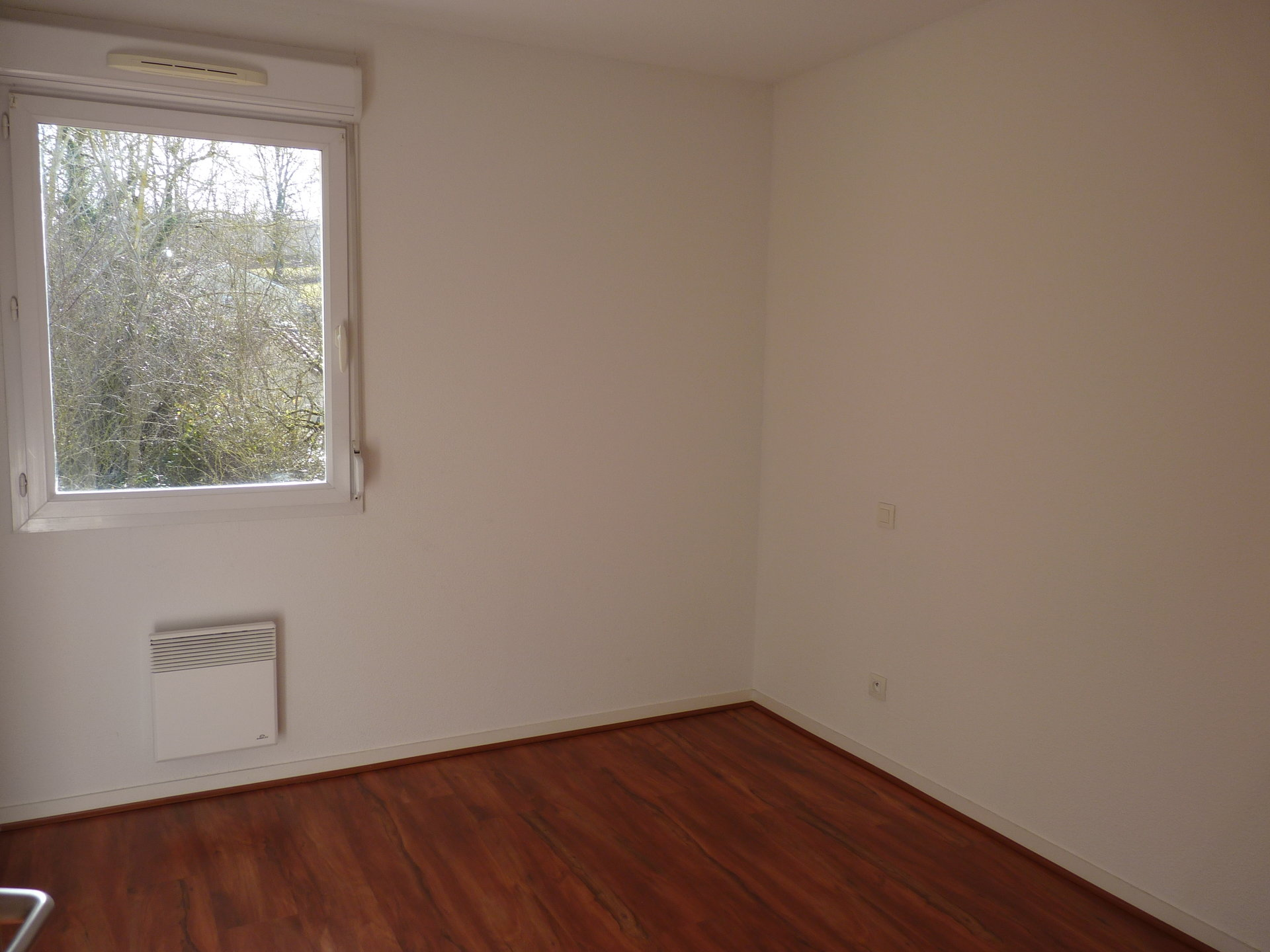 Aurignac Quiet 2-bedroom Apartment with Terrace