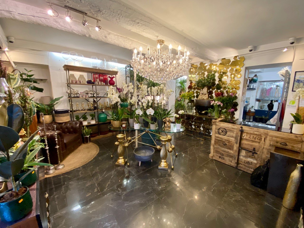 DAB - LUXUEUX MAGASIN 40 M² - NICE - CARRE D'OR
