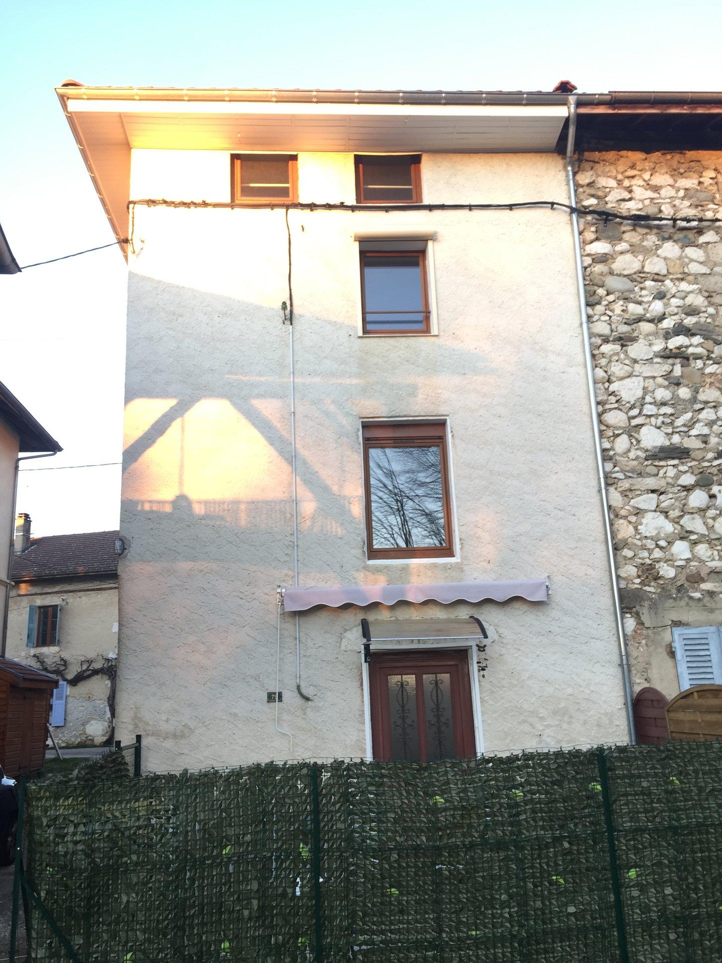 Maison de village refait à neuf