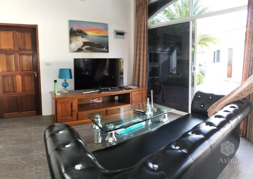 4 Saperate Villa with share pool