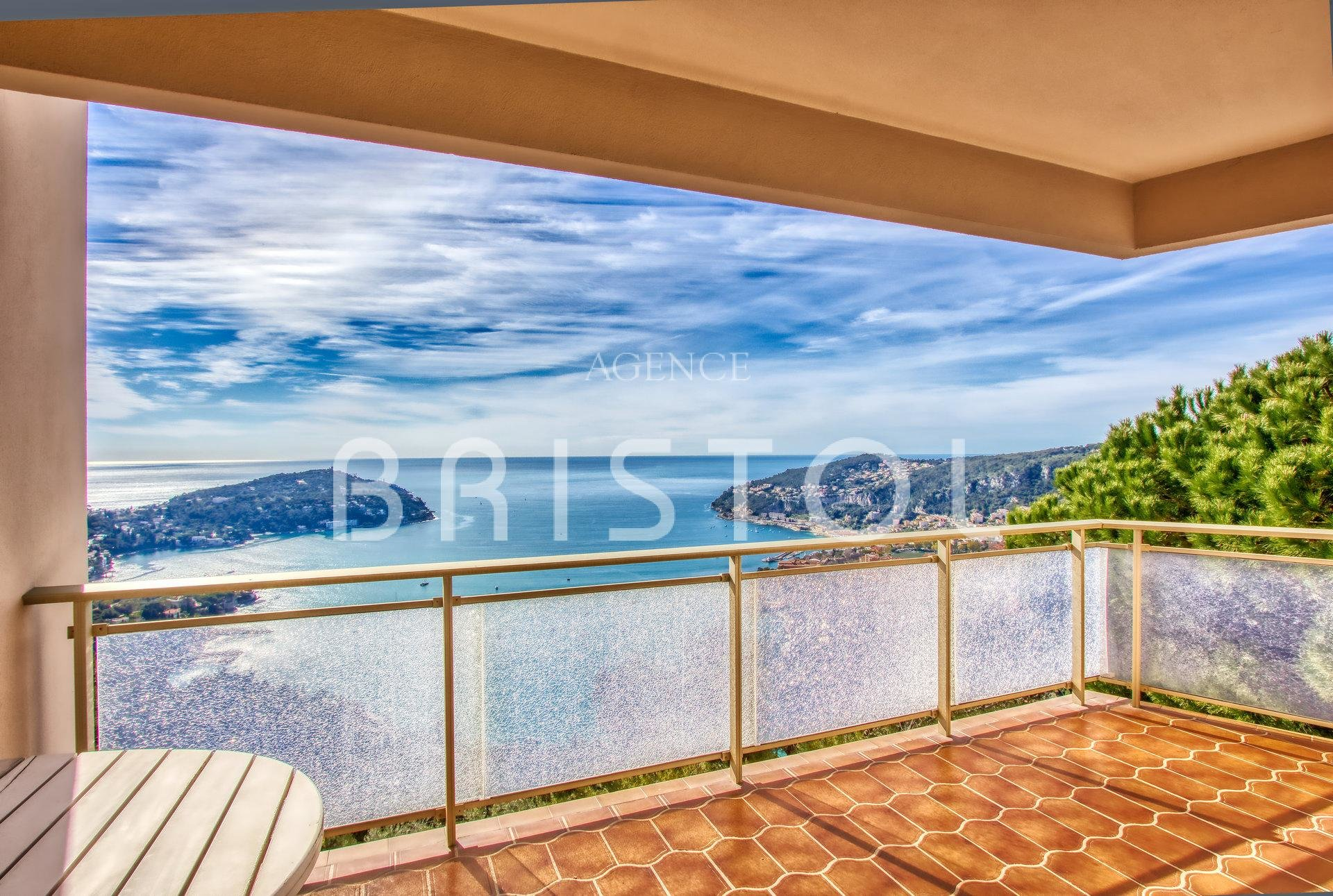 APARTMENT FOR SALE VILLEFRANCHE SUR MER FRENCH RIVIERA
