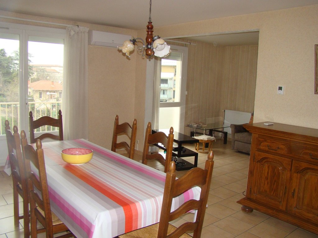 APPARTEMENT T3  - ROMANS SUR ISERE