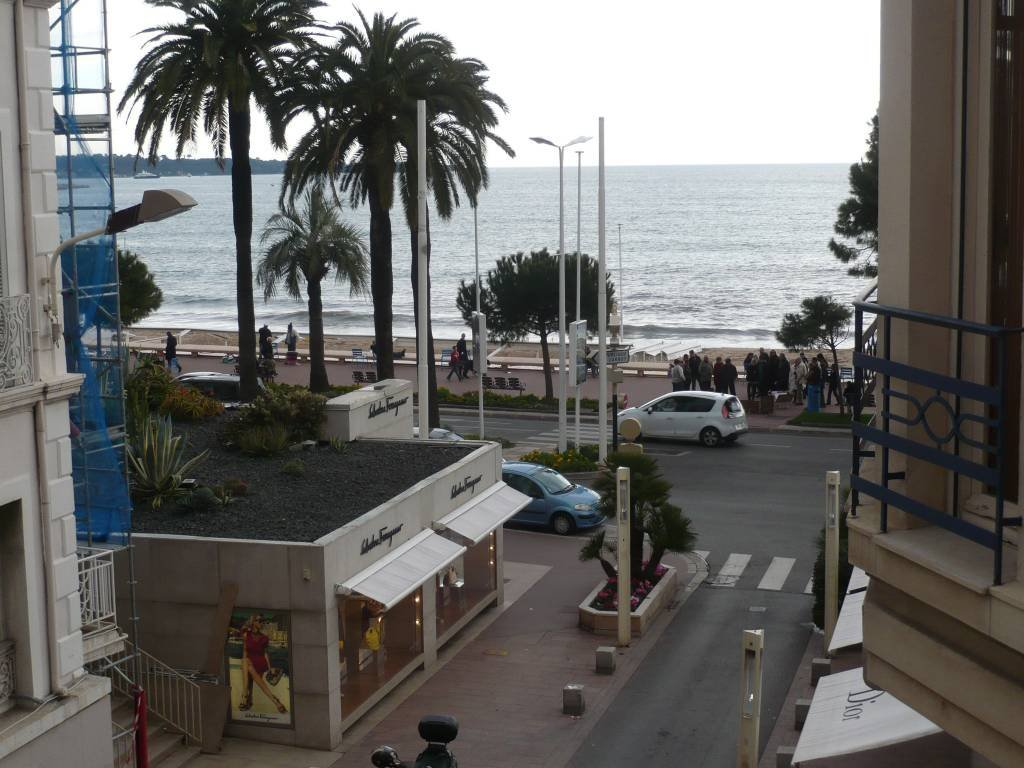 Cannes at 20 metters from the Croisette beaches