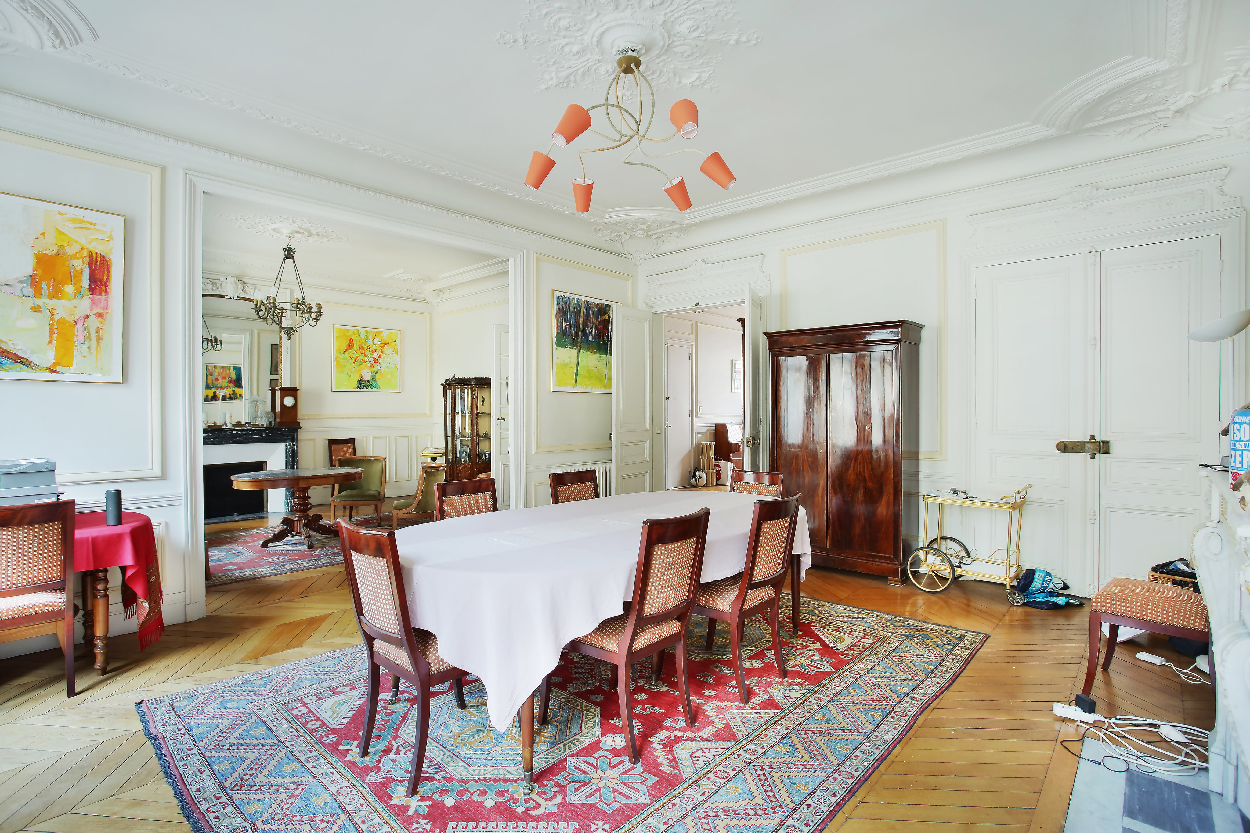Additional photo for property listing at Paris 17th District – An elegant 5-room apartment  巴黎, 巴黎,75017 法国