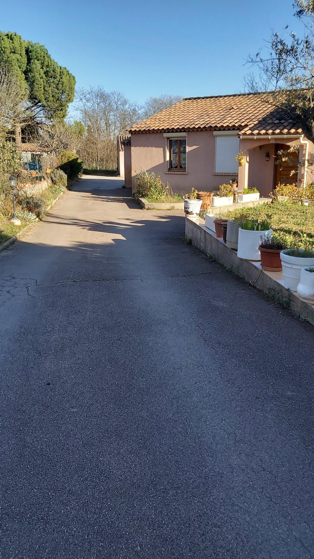 VILLA T5  - 5 mns du CENTRE VILLE,