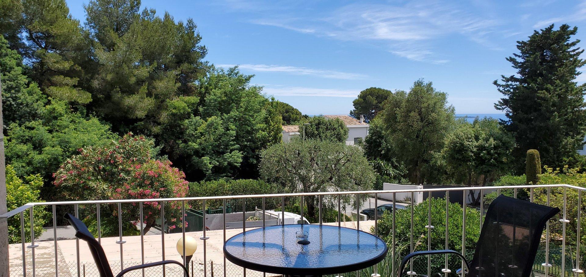 Location Appartement - Cannes Croix des Gardes