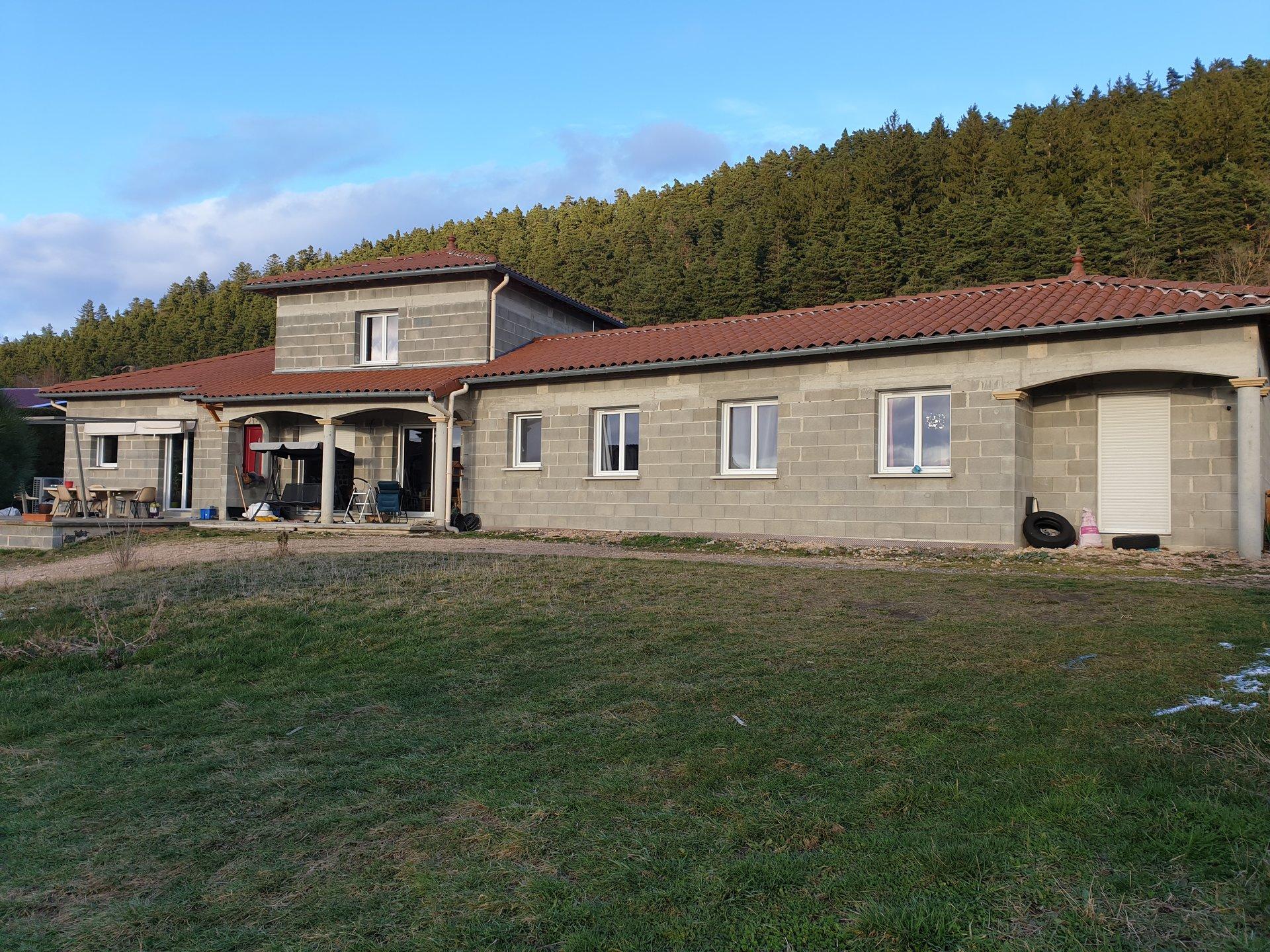 Sale House - Arsac En Velay