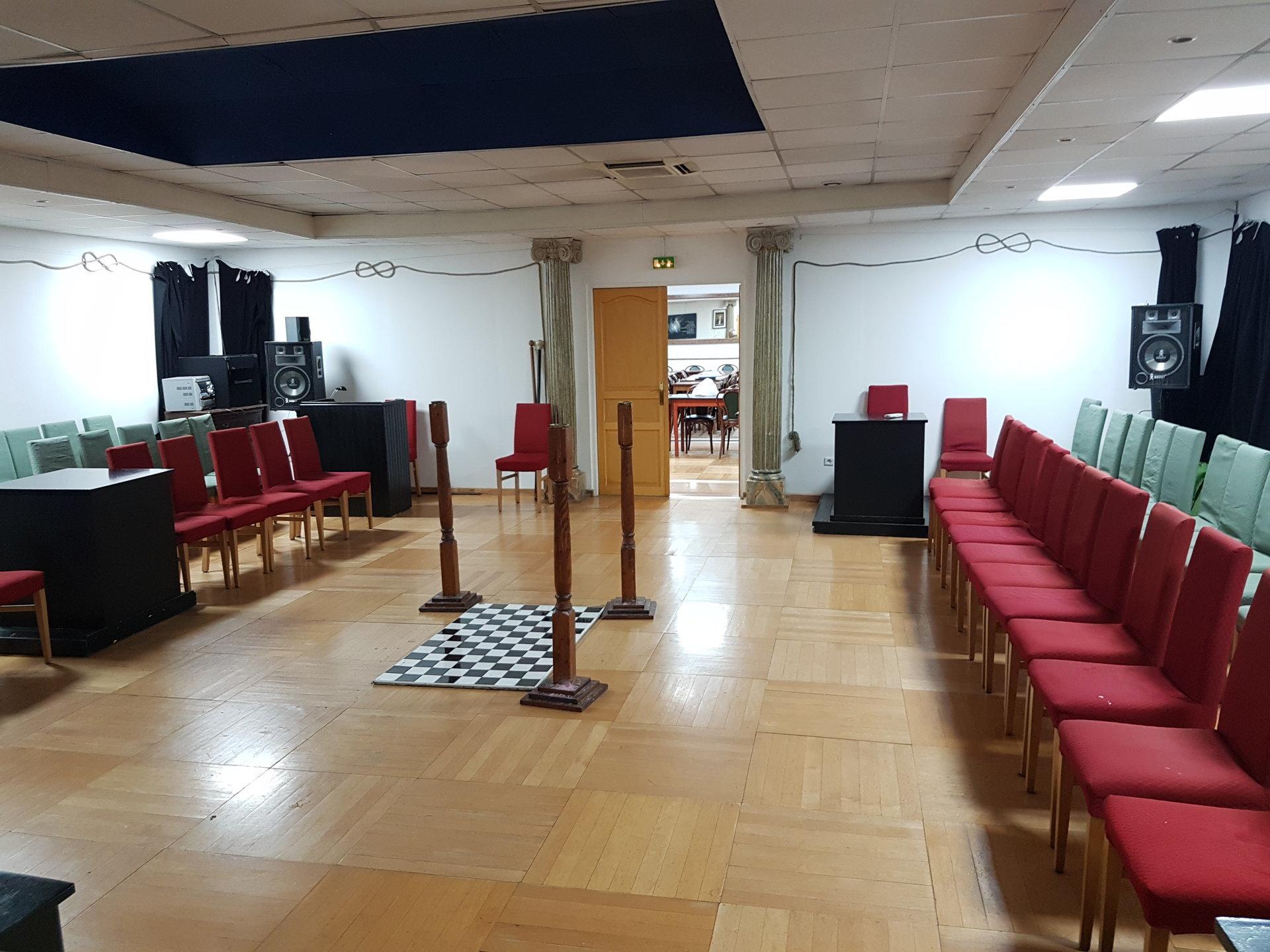 ALPES MARITIMES (06) NICE ST SYLVESTRE VENTE IMMEUBLE 380 m2