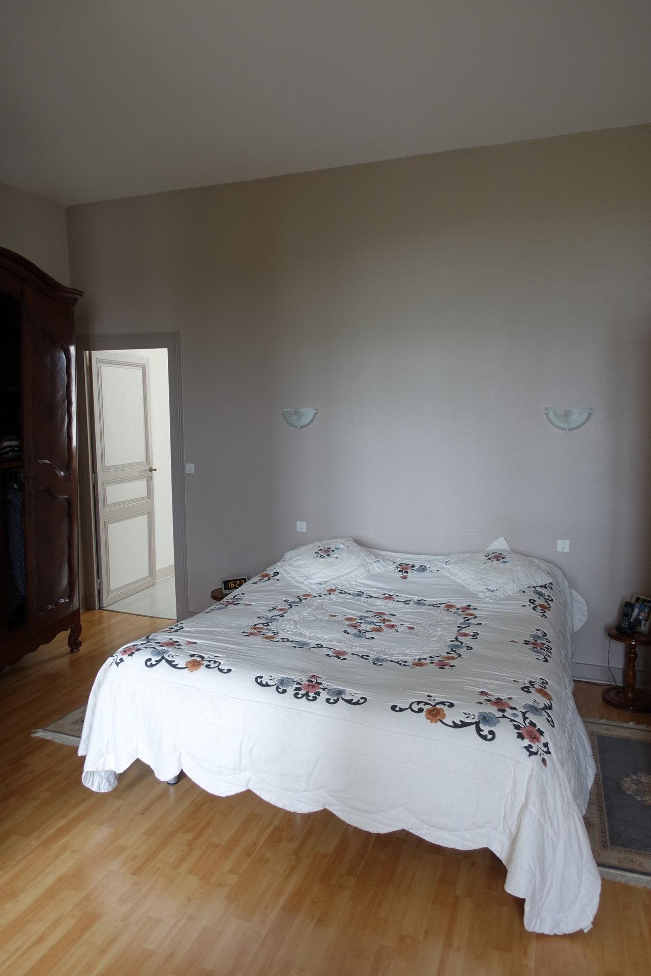 Sale House - Nancras