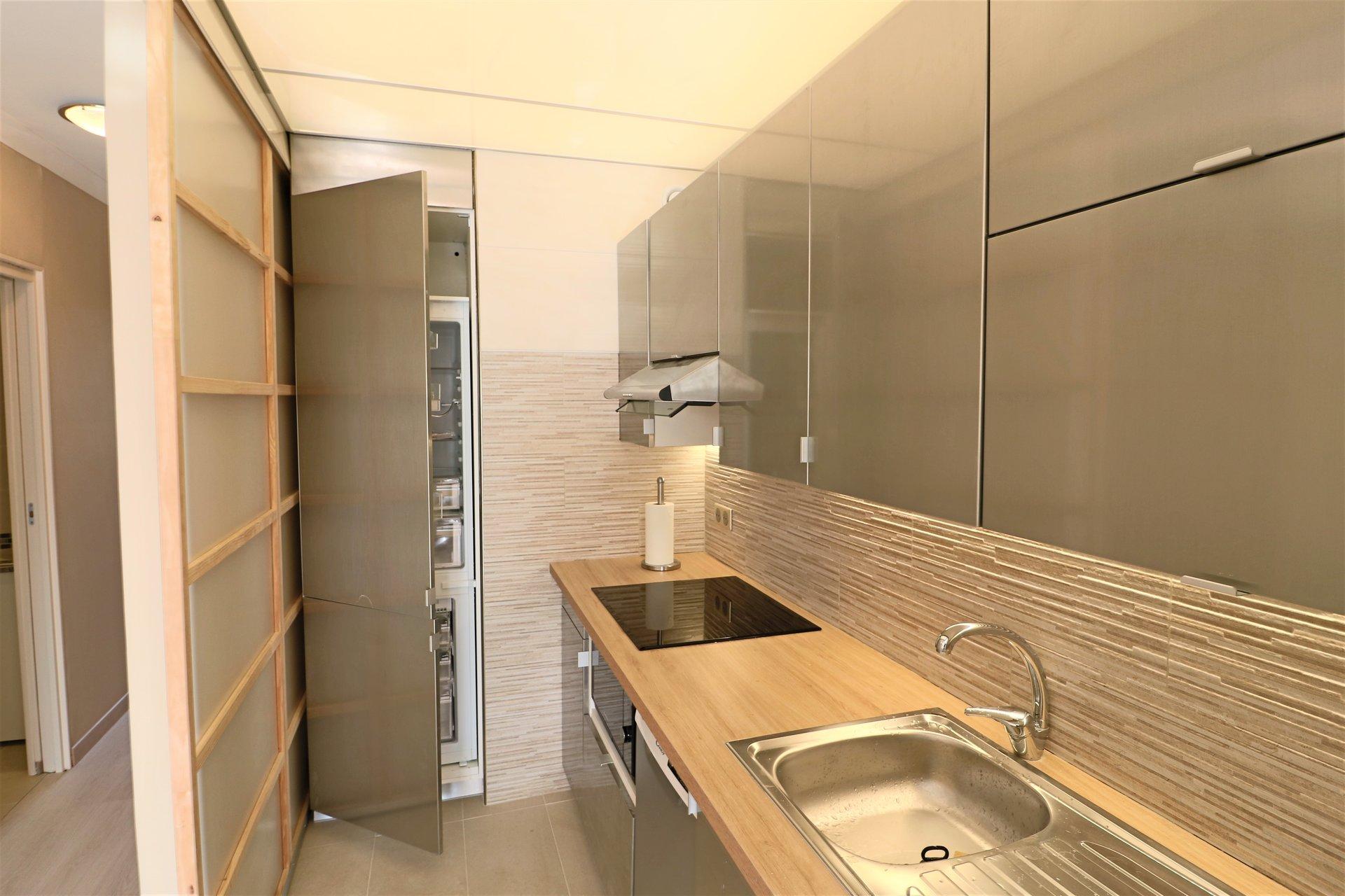 Sale Apartment - Villeneuve-Loubet Hauts de Vaugrenier