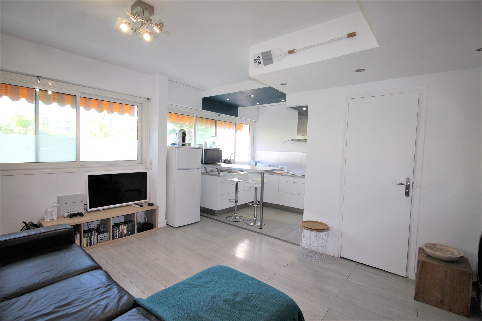 Ground floor one room appartment 35 sqm Cannes