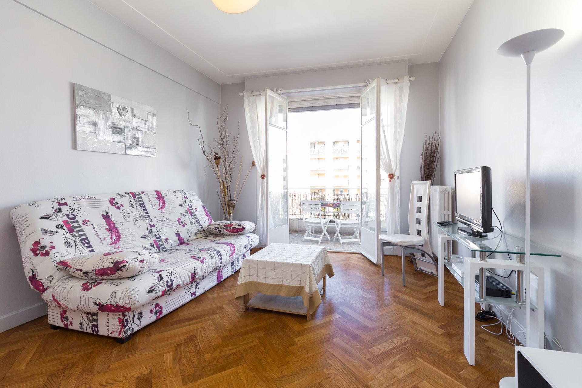 Location meublée à l'année - Rue de France