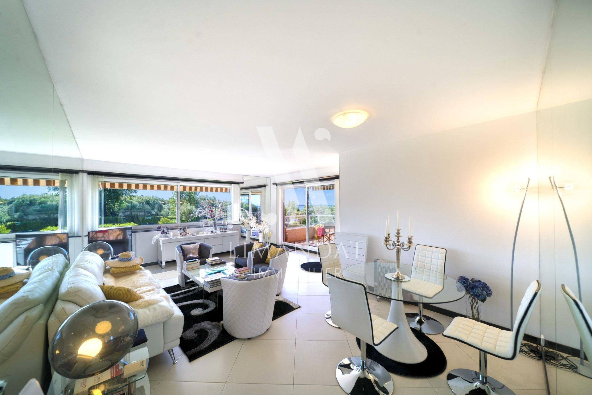 Bright 2 bedroom apartment 92m2 in luxury residence