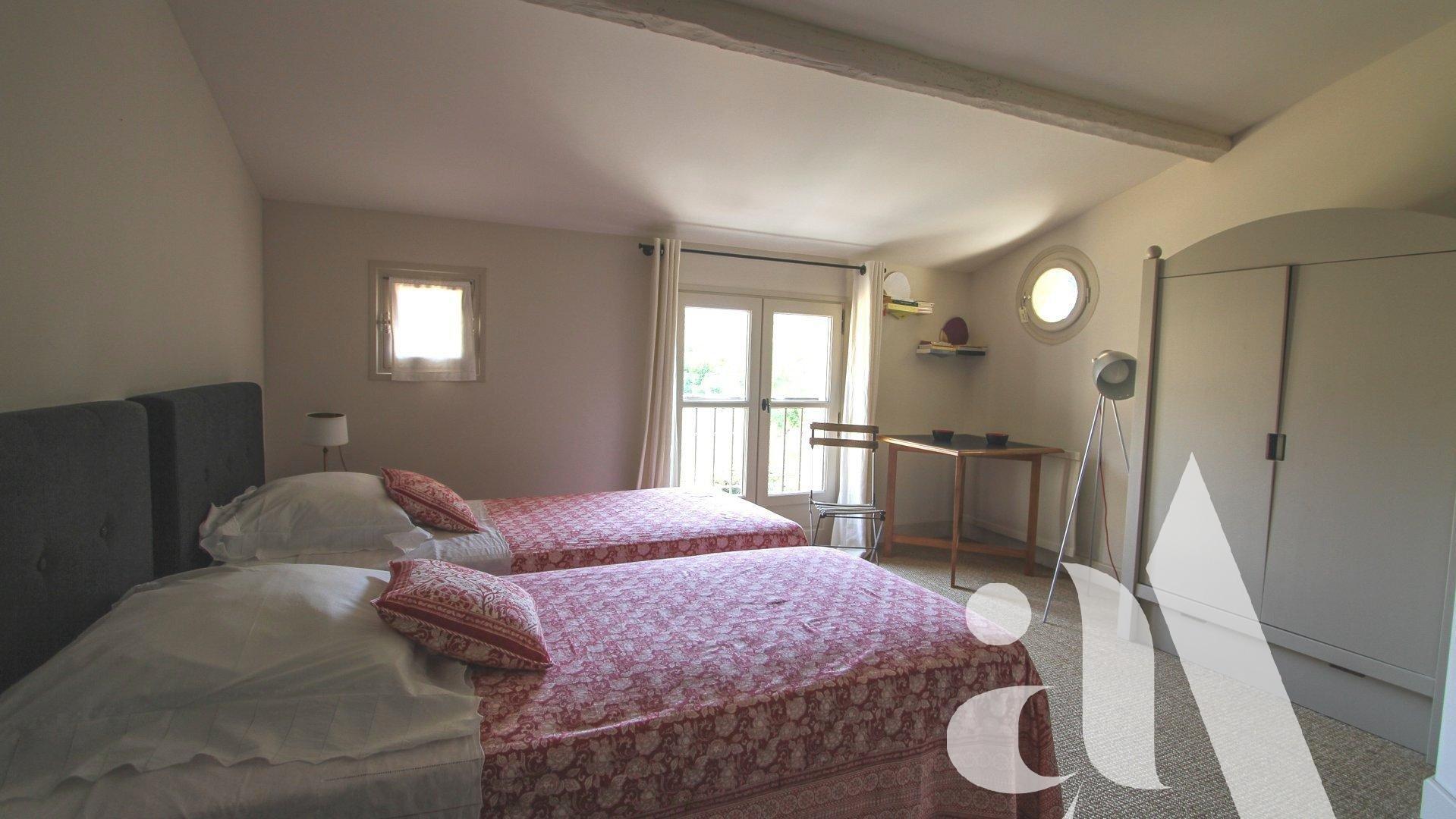 LE MAZET DU CACTUS - MAUSSANE - ALPILLES - 4 Chambres