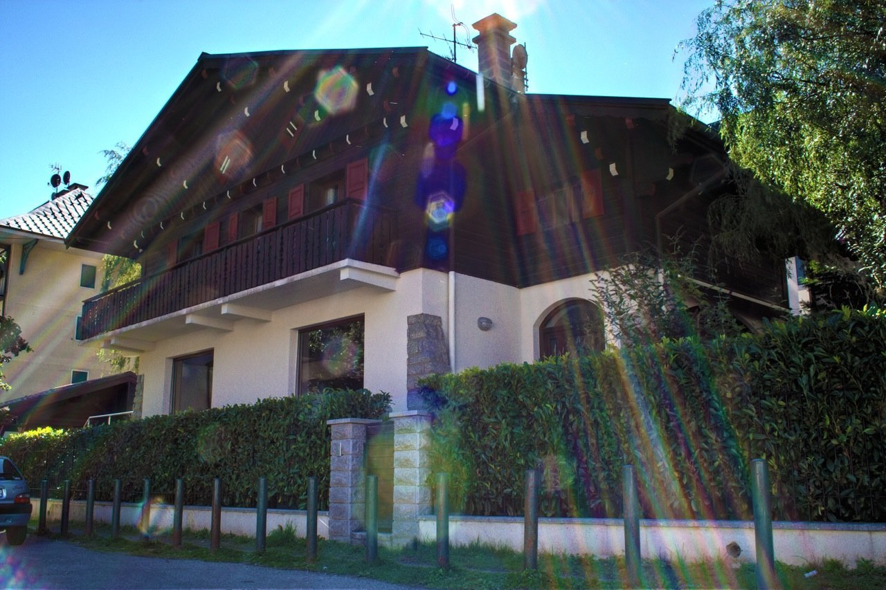 CHALET PAOLA - UNIQUE IN CHAMONIX CENTER Chalet in Chamonix