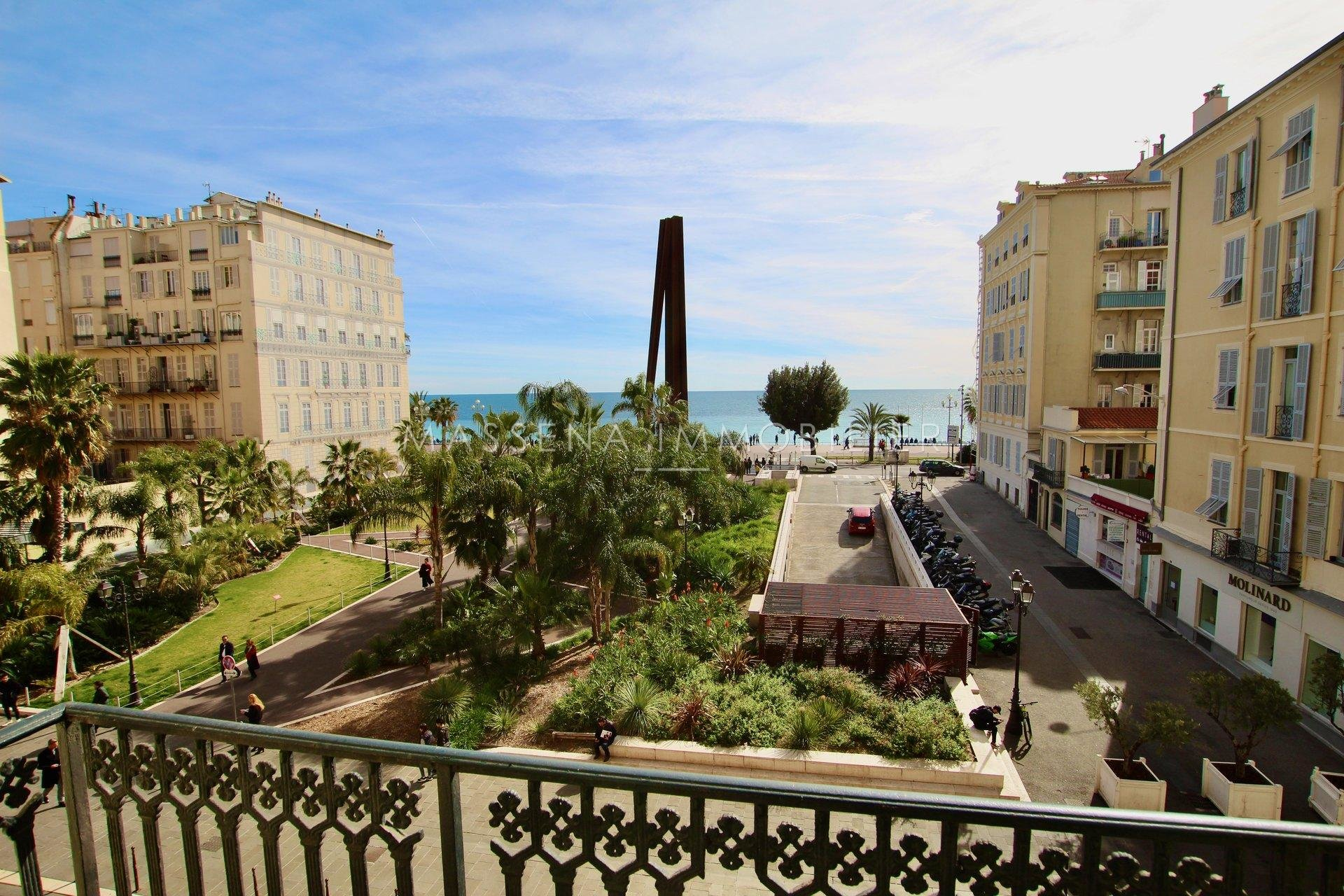 NICE OPERA - 3-bed apartment with balcony and sea view