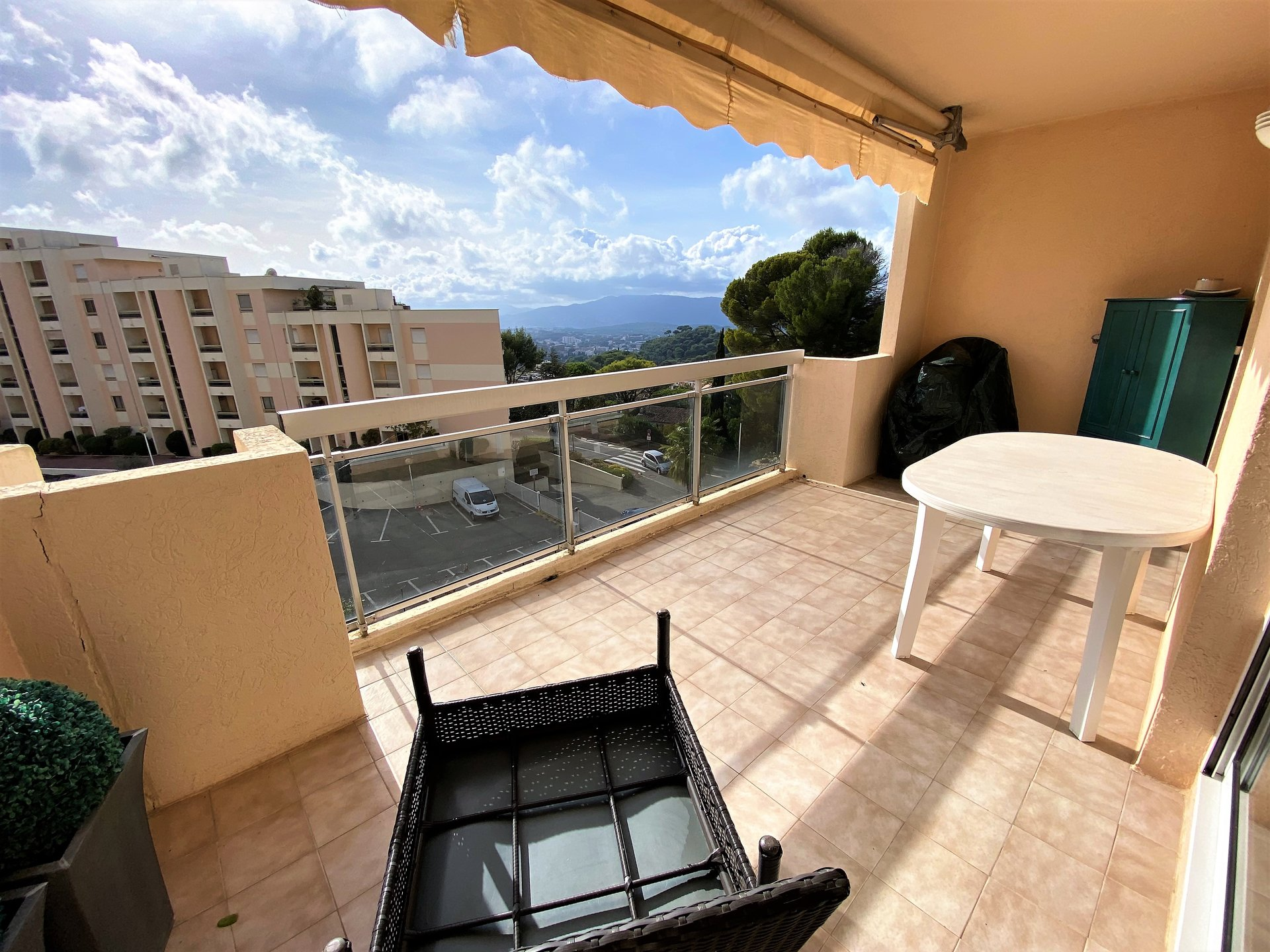 Sale Apartment - Mougins Les Bréguières