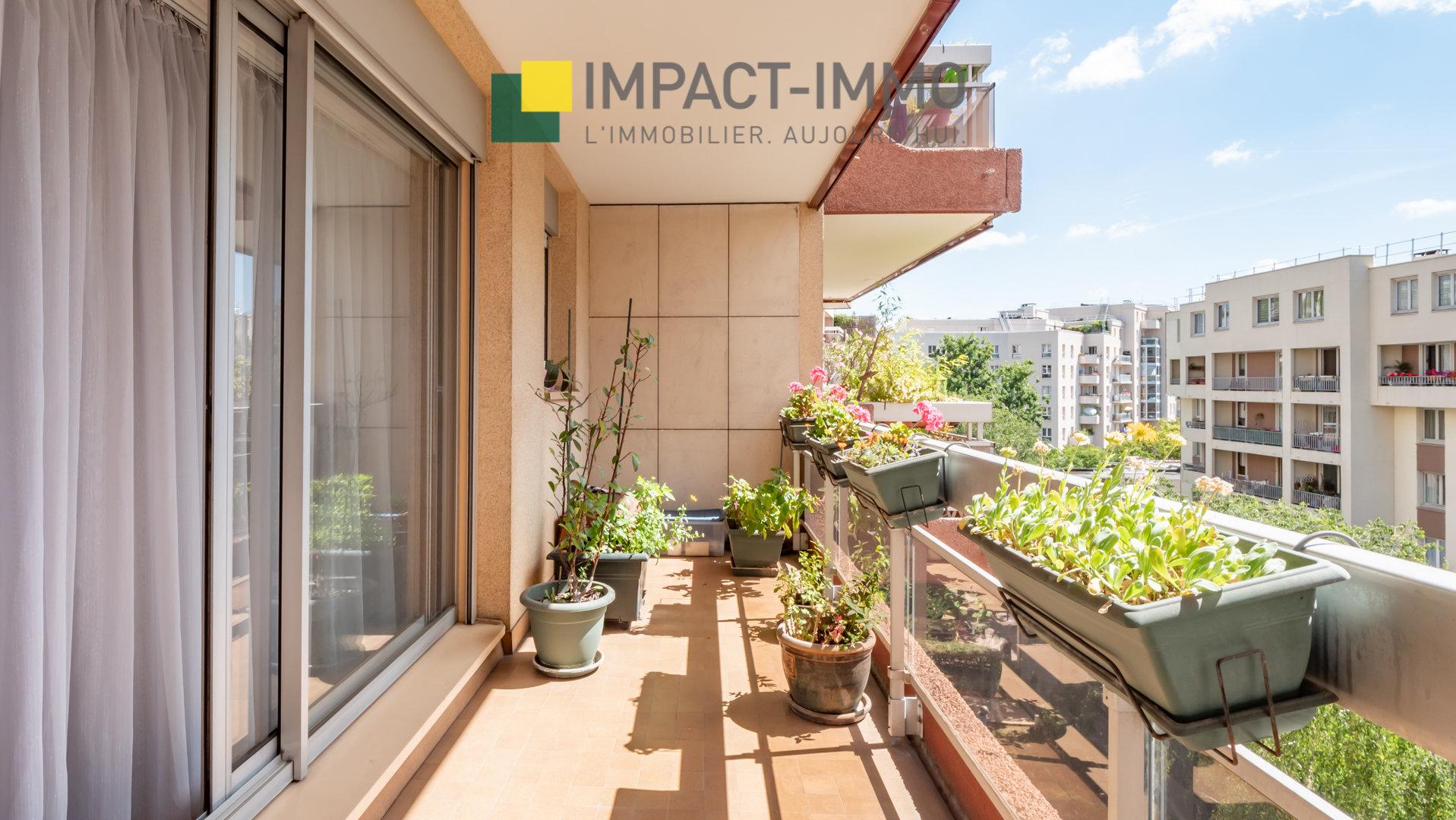 Quartier HOTEL DE VILLE - Courbevoie 3 pièces 72m² Balcon Parking