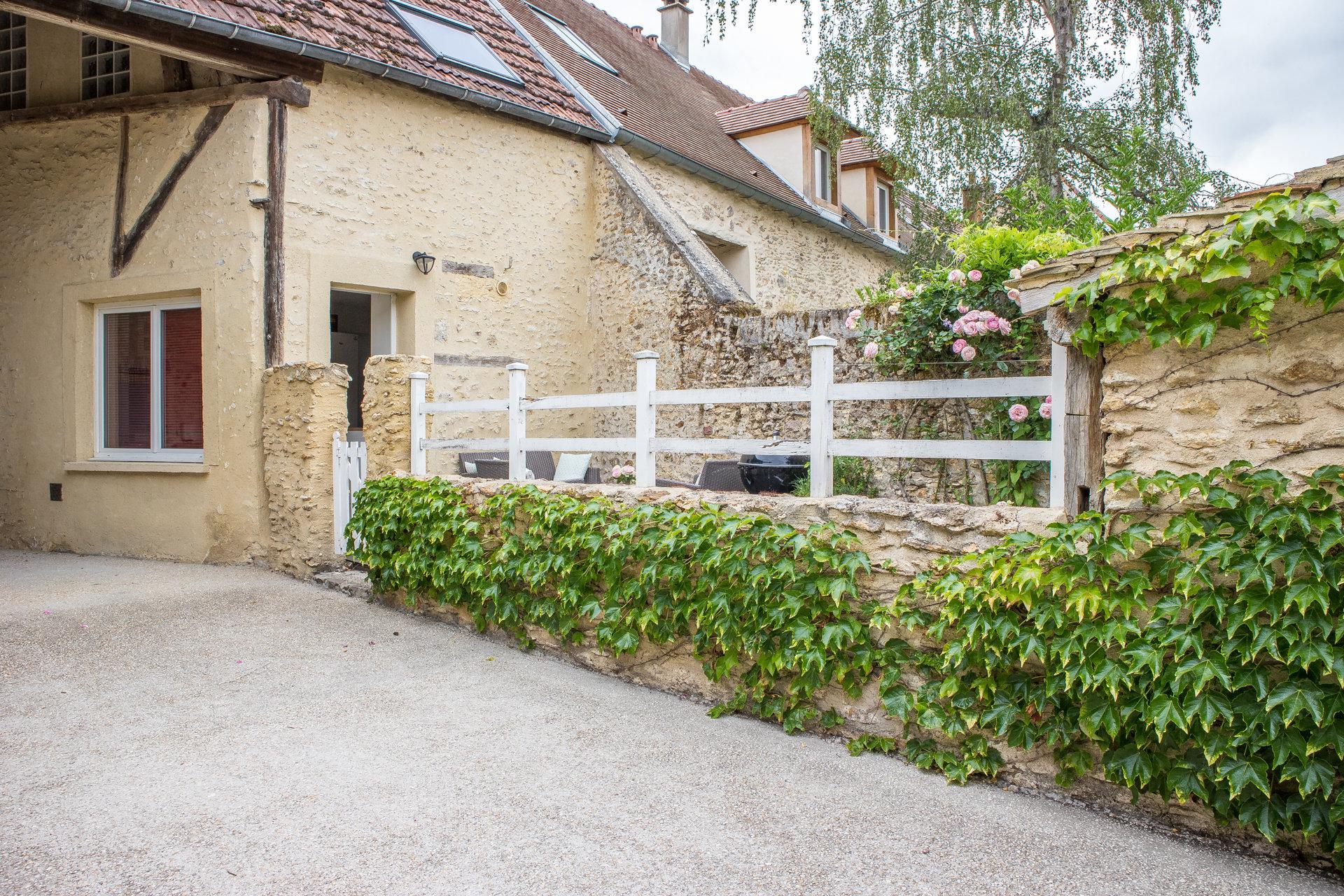 Maison de village d'environ 75m² avec terrasse
