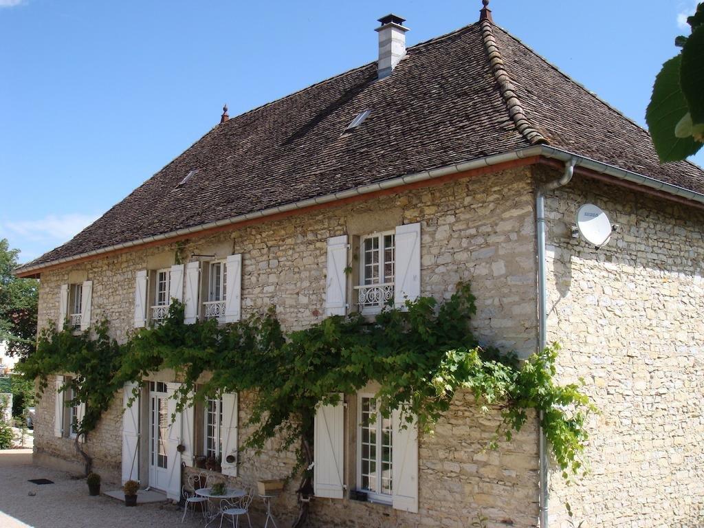Isère Propriété dans petit village à 1h de Lyon