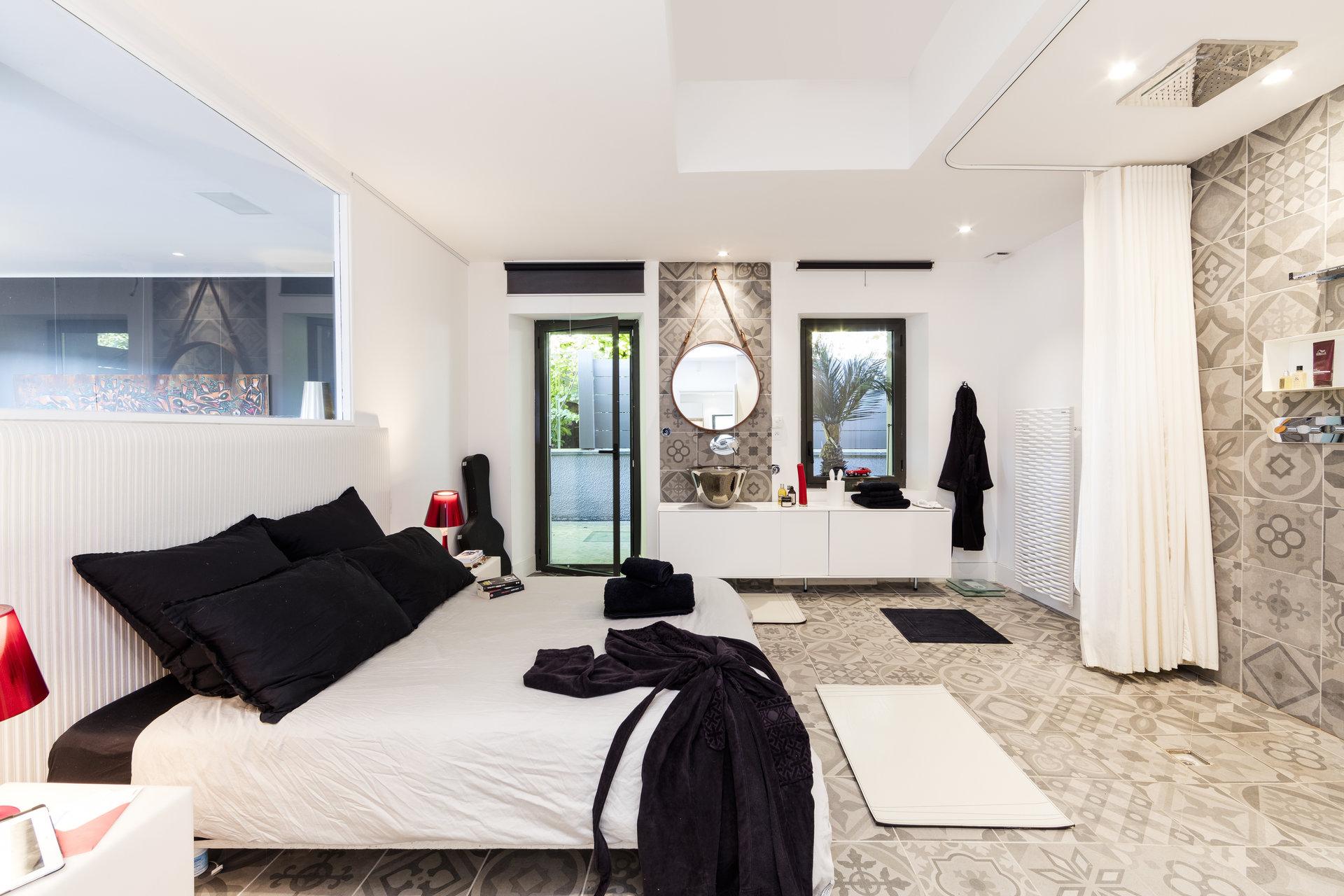 Exclusivité : superbe rénovation en limite d' Annecy le Vieux
