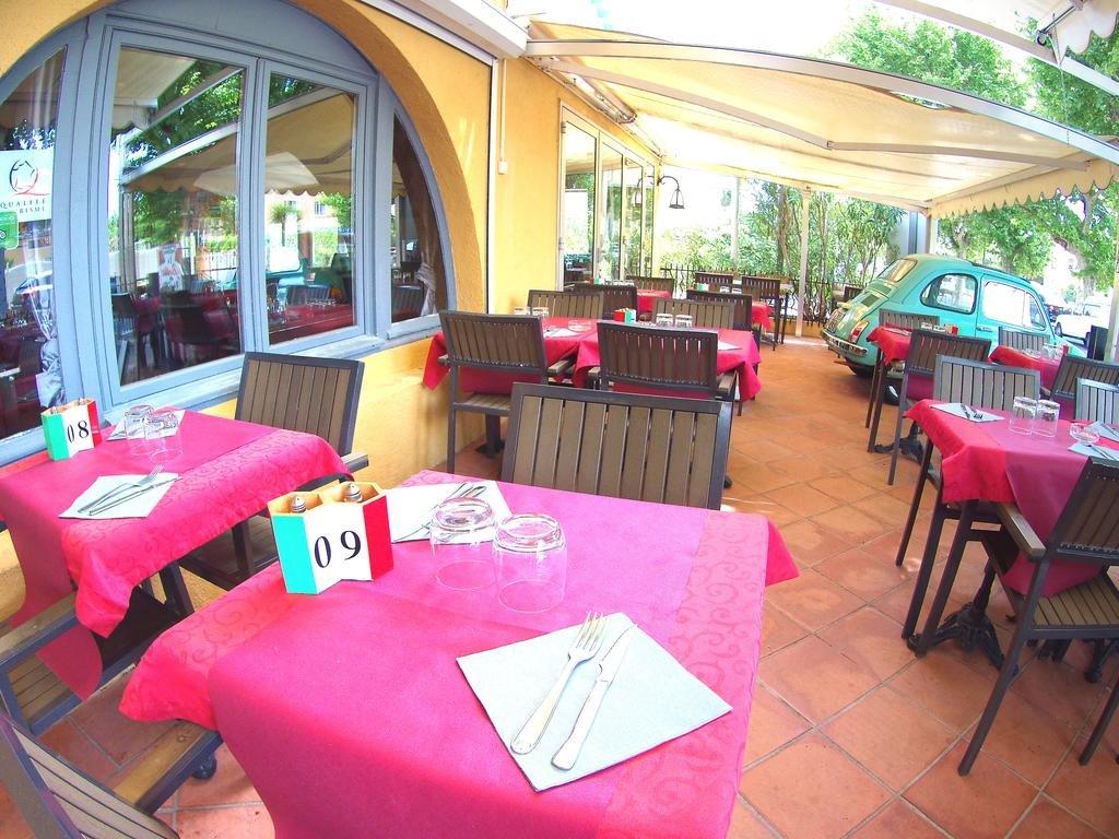 Hôtel à vendre dans sur la Côte d'Azur - 300m des plages