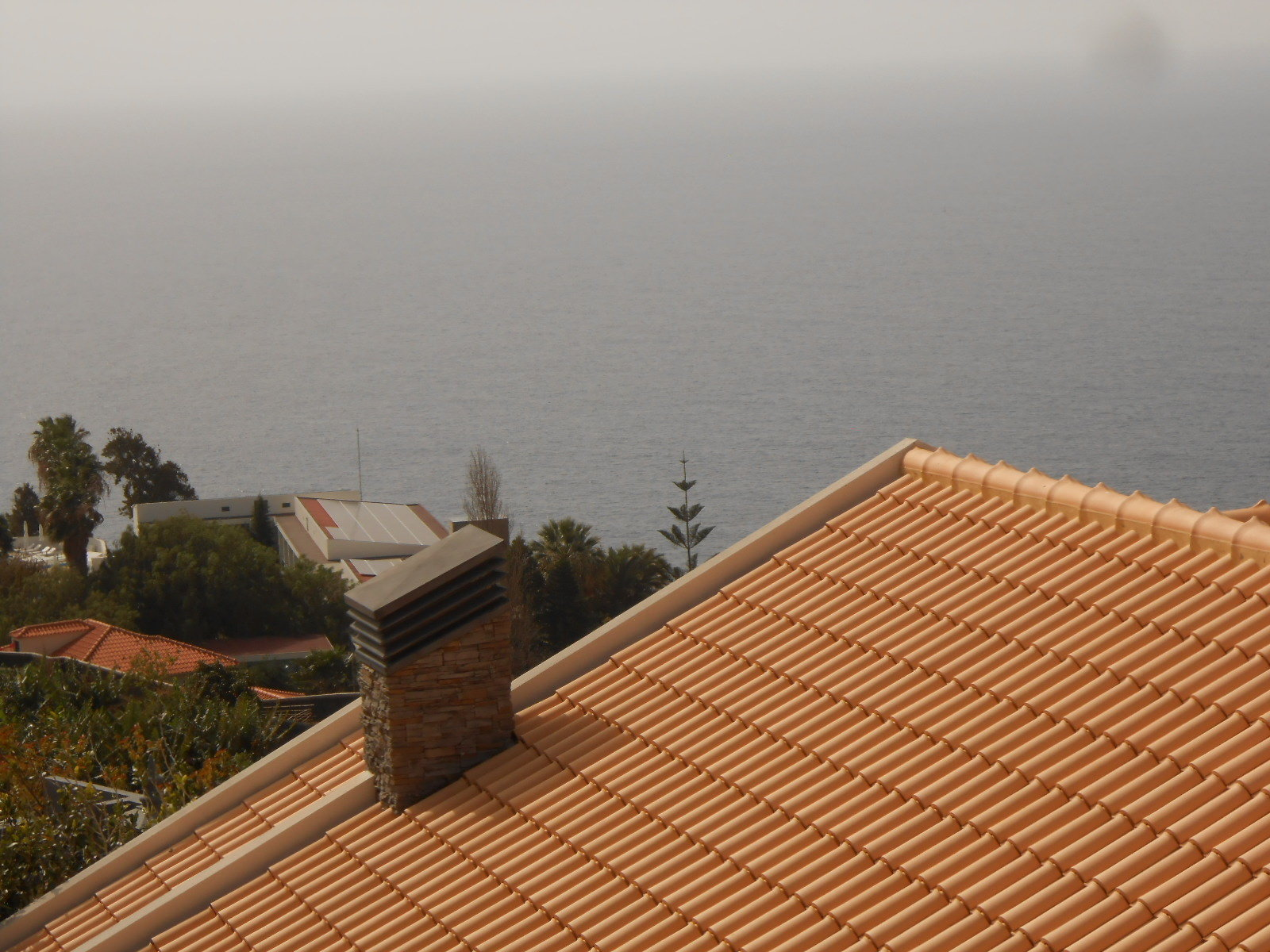 Contemporary house with sea view 2 minutes from the center of Ponta do Sol