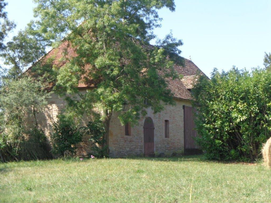Bourgogne CHATEAU remanié au 18è