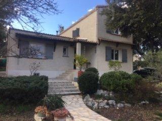 CASTRIES : Bien rare Villa de 158m2 avec 846m2 de terrain