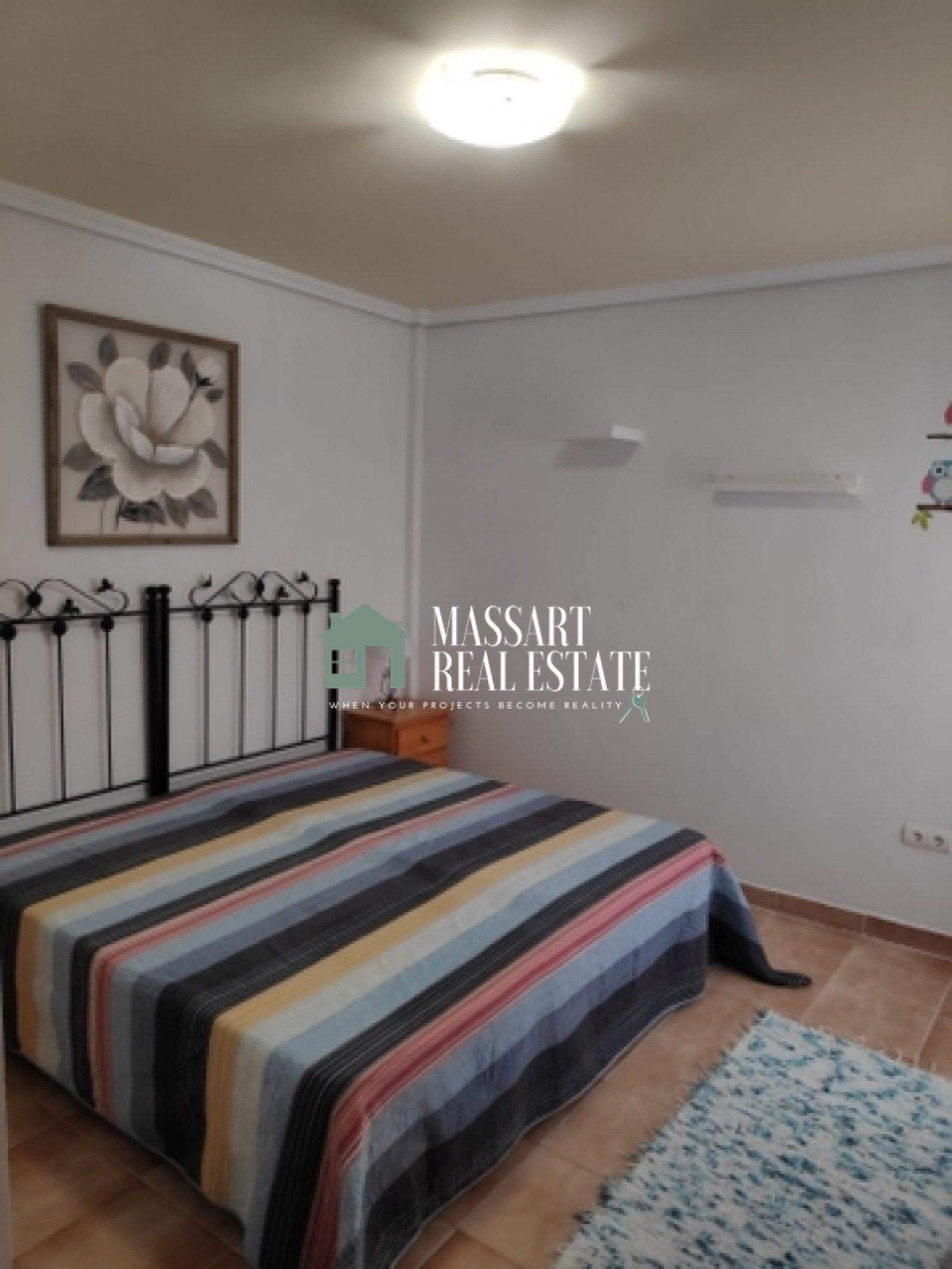 A louer dans un quartier central de San Isidro, un spacieux appartement de 79 m2 entièrement rénové et meublé.