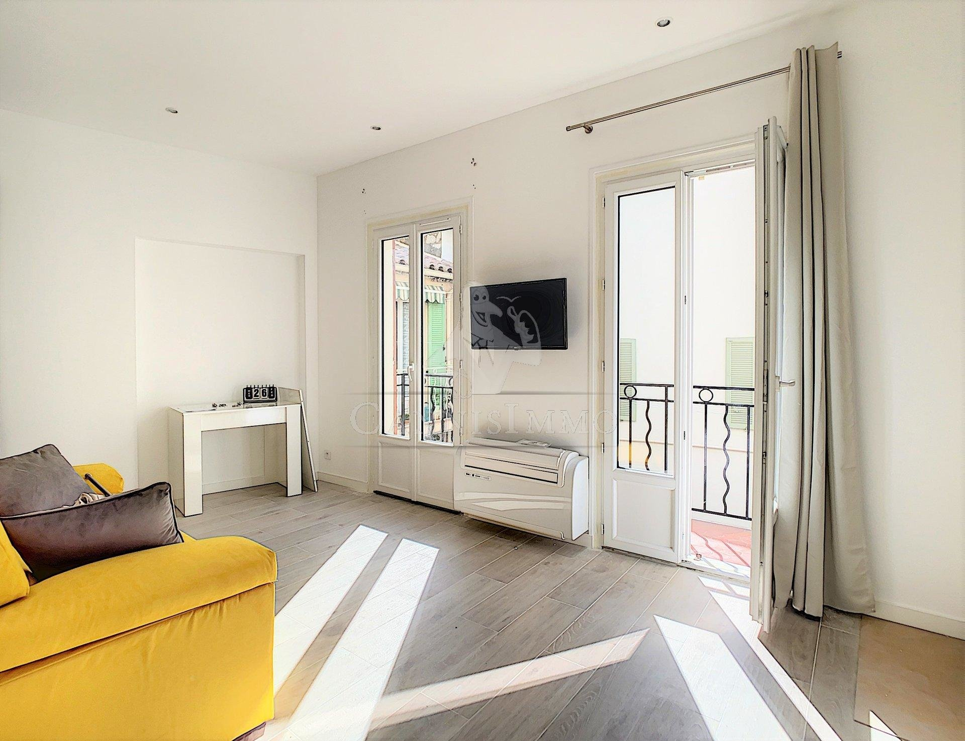 Sale House - Cannes Suquet