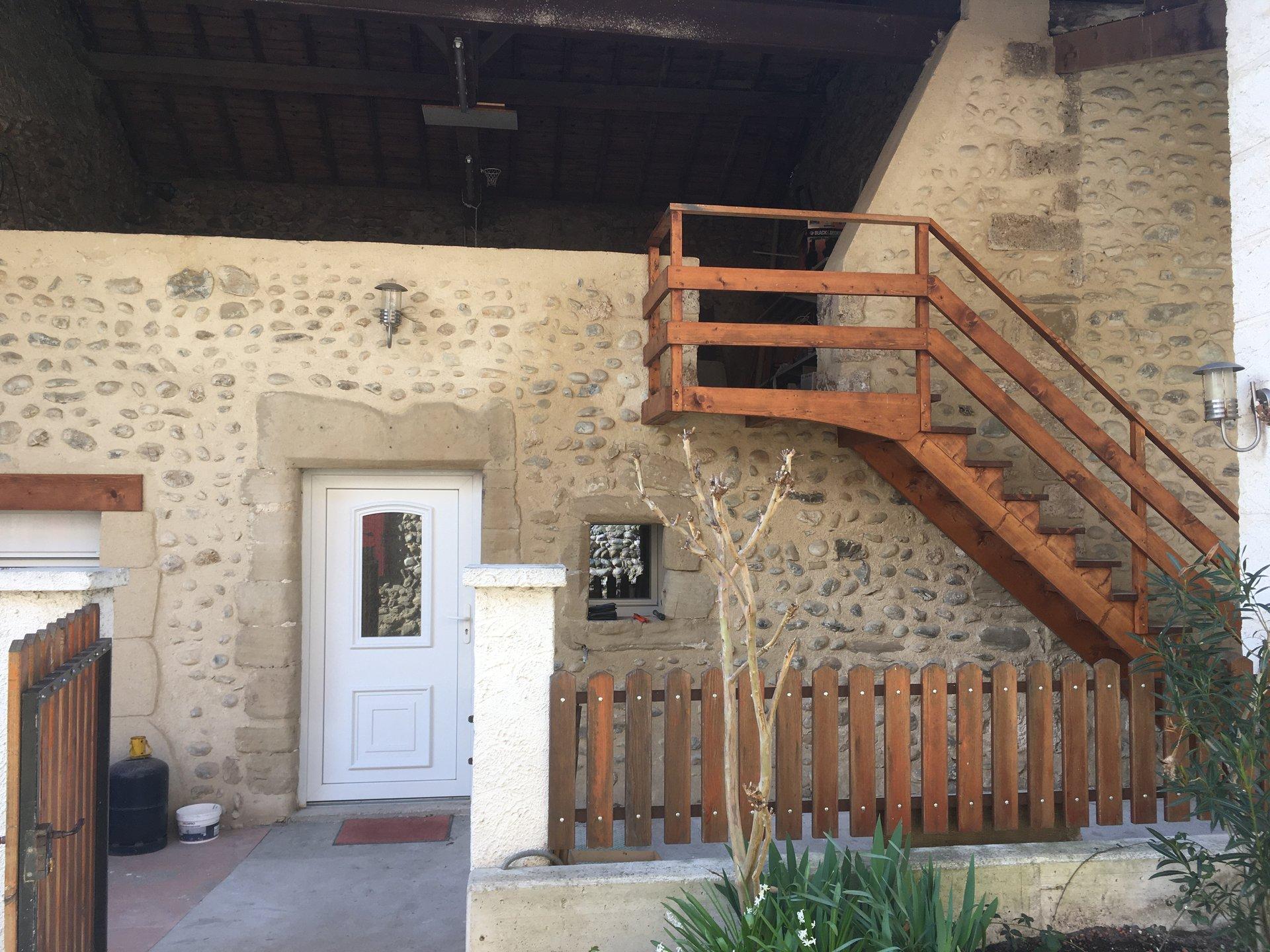 Sale Apartment Saint-Hilaire-du-Rosier