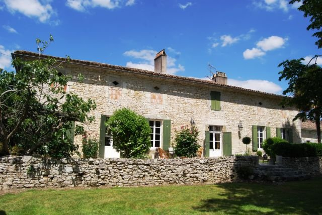 Stunning Manoir beautifully restored with exceptional taste