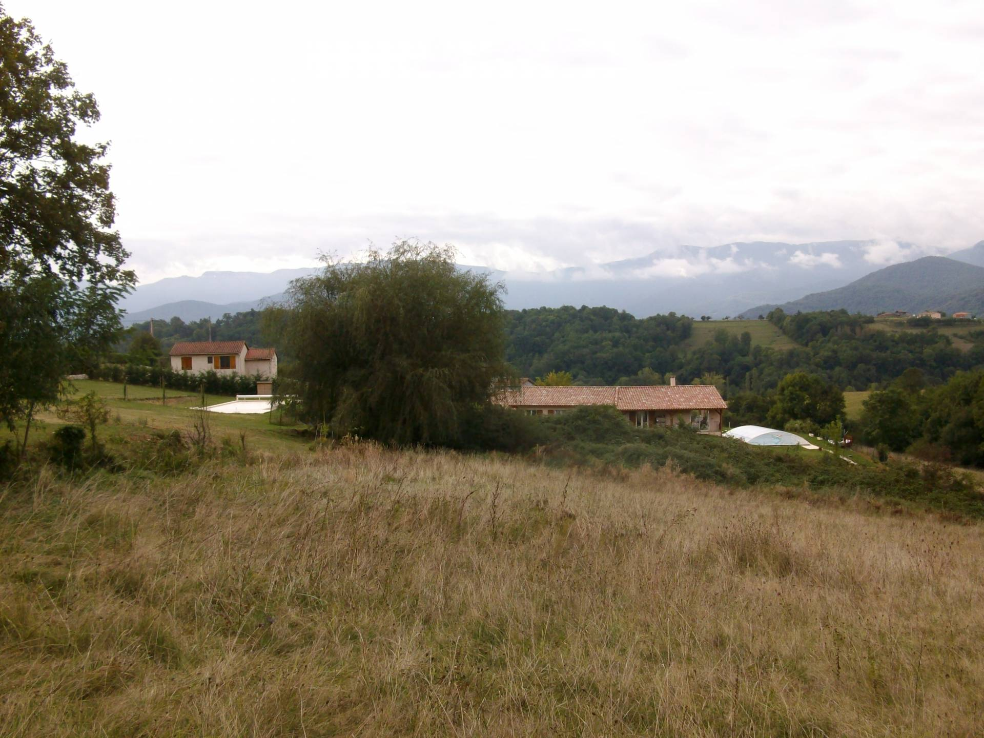 A stunning plot of land of 9615 m² with permission to build 180m² villa with south facing views