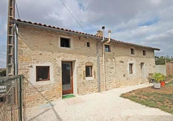 Fully renovated stone cottage