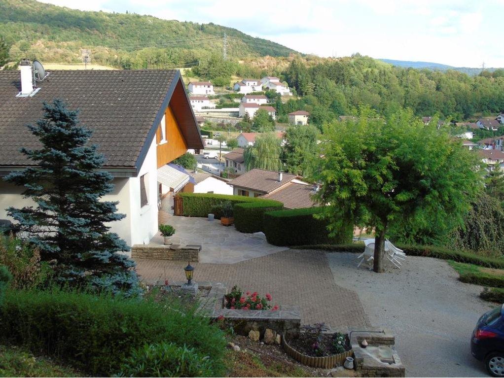 Villa de 178 m² sur terrain de 4 000 m²