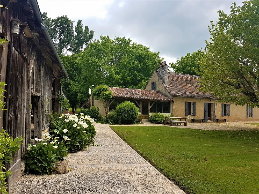Charming home plus gite and natural swimming pool