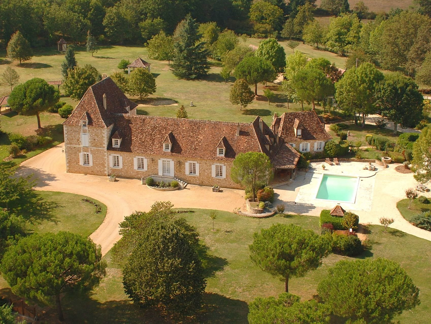 Luxurious living in the Dordogne - 20 kms from Bergerac airport