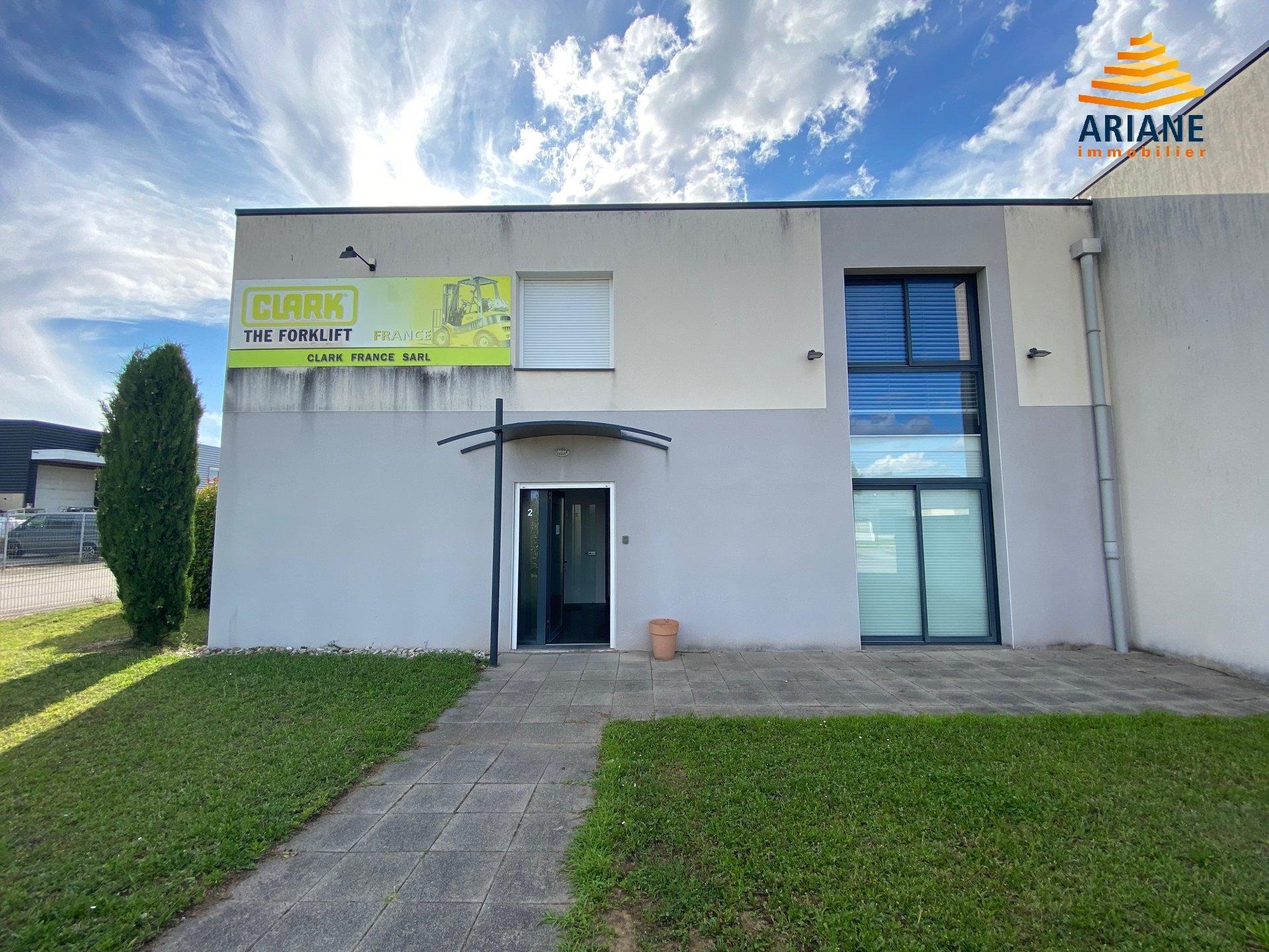Bureau à louer 145 m2 St laurent de mure Est Lyonnais