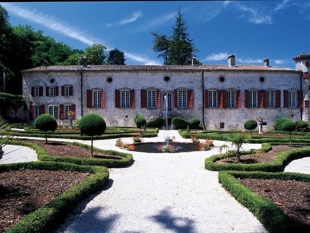 Château restauré de 9 chambres à une heure de Toulouse