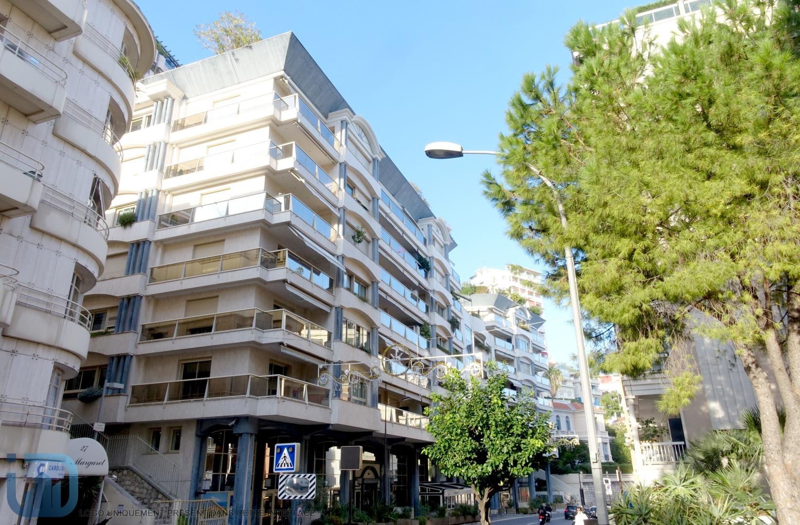 Roc Azur - Spacious apartment