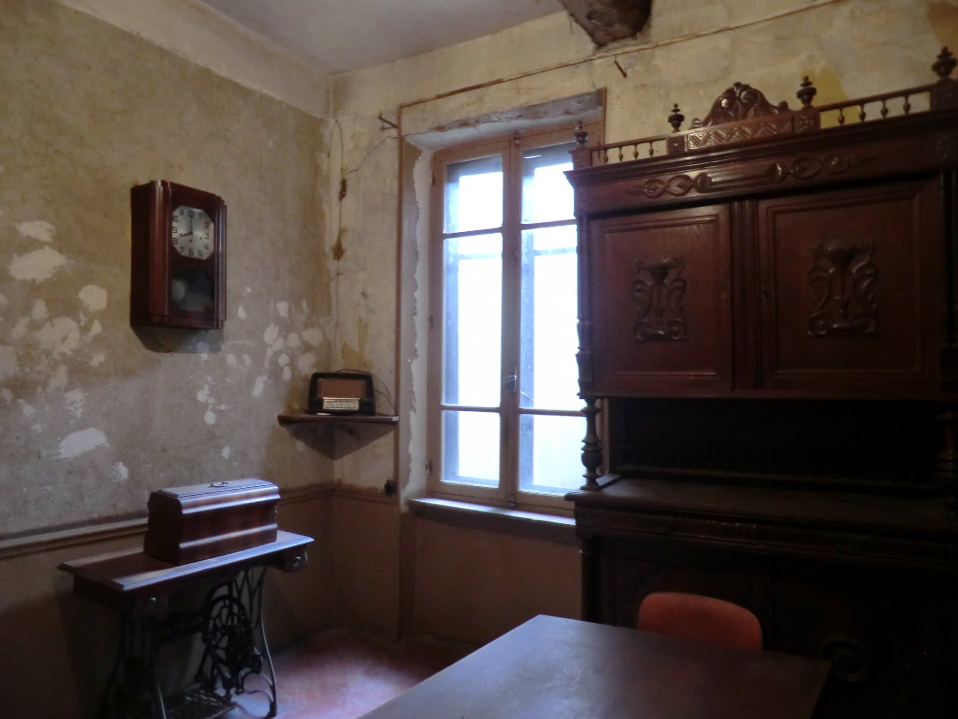 18th Century stone built house for renovation
