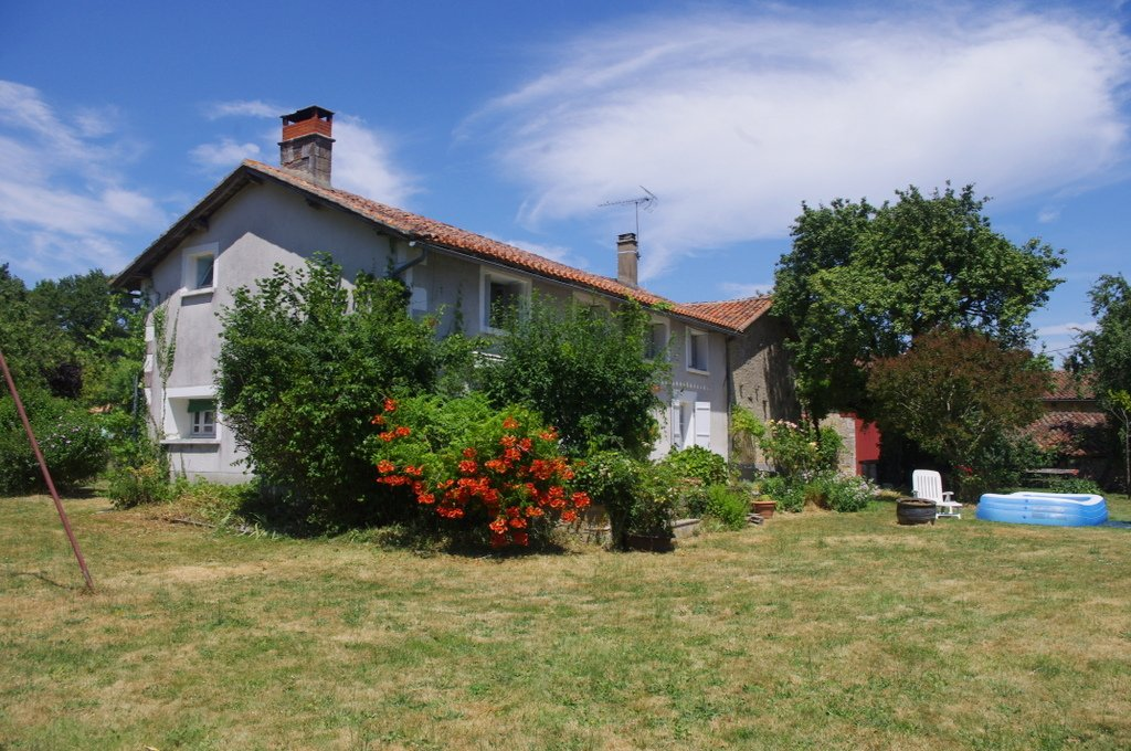 Amazing farm with potential for 2 or 3 gites