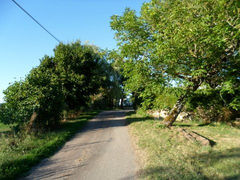 Building plot of over 8500m2 with views and walk to bar