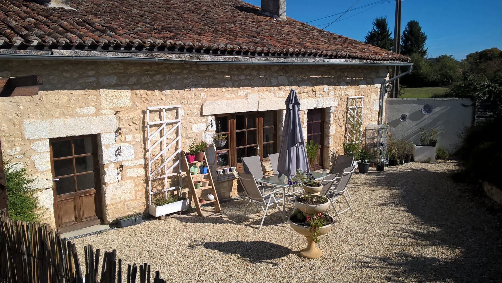Renovated stone built cottage with self contained 1 bedroom annex