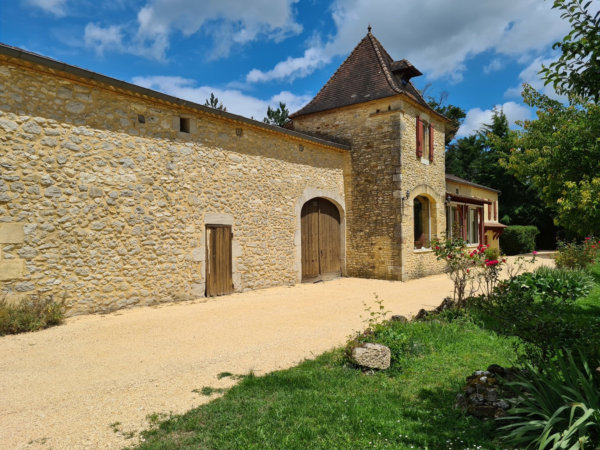 Renovated farm with great  gite potential...must see!
