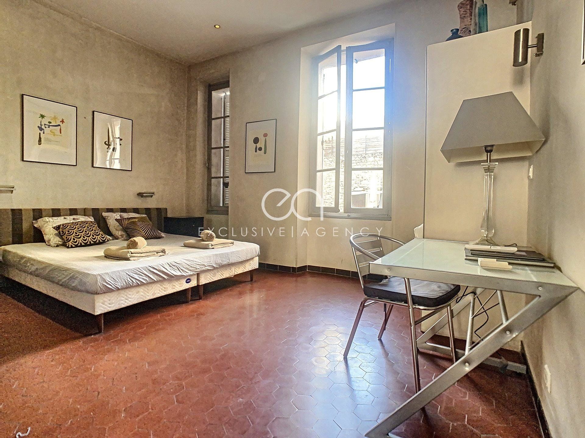 Accommodation Cannes Center 3-bedroom apartment 85sqm for 2 to 6 people.