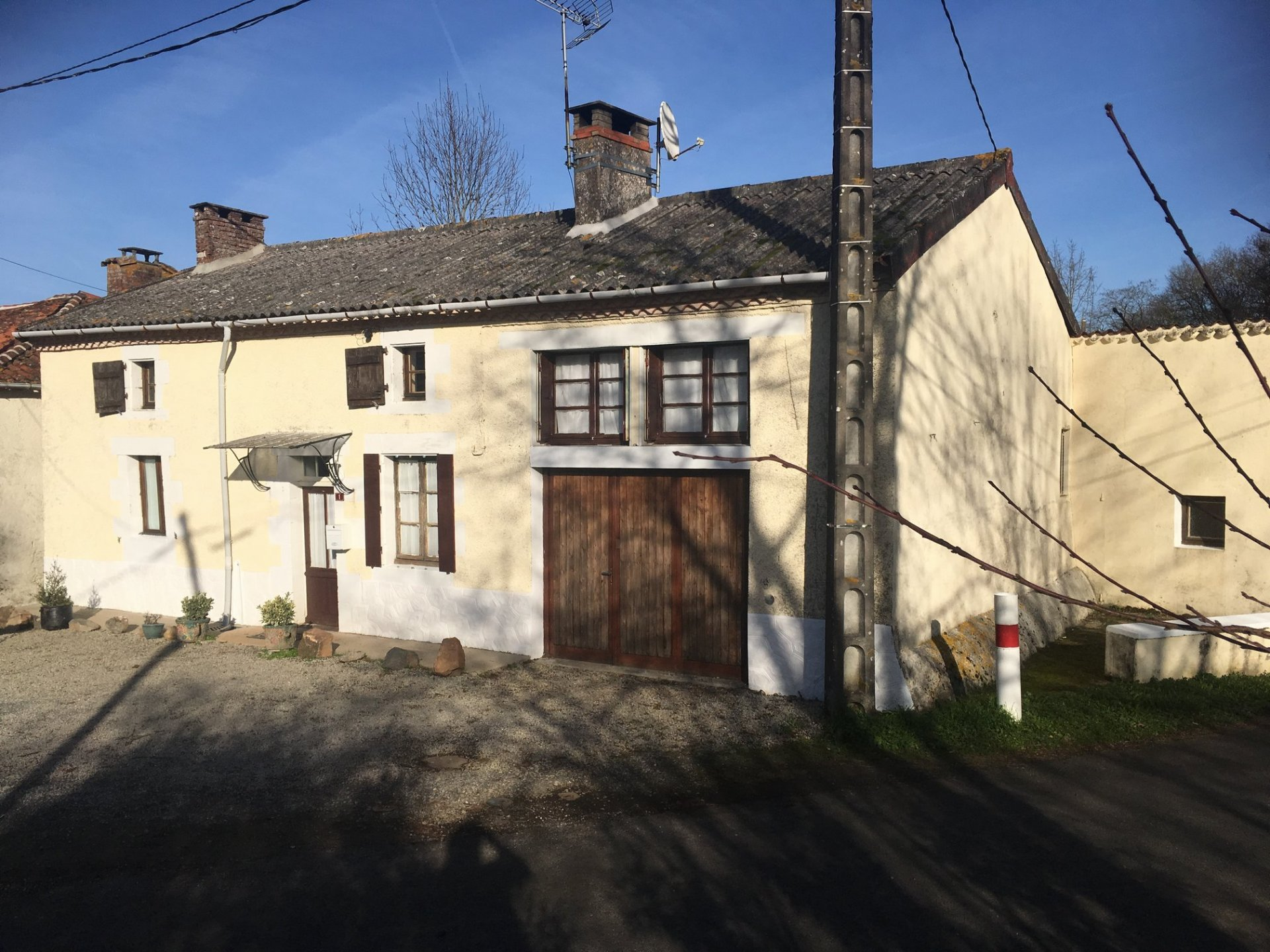 Pretty character hamlet house with 4 bedrooms